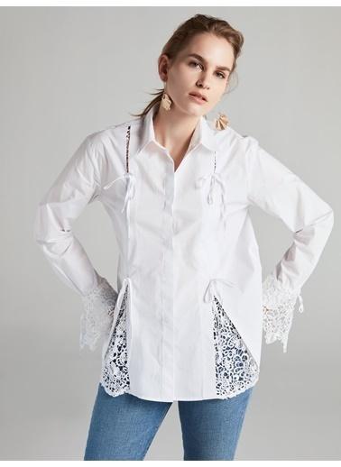 Yırtmaçları Güpür Mixli Gömlek-Ipekyol